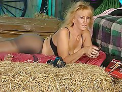British, Mature, MILF, POV